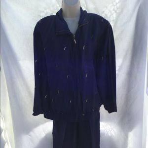NWT size Med. EVR 100% silk 2-pc jacket suit